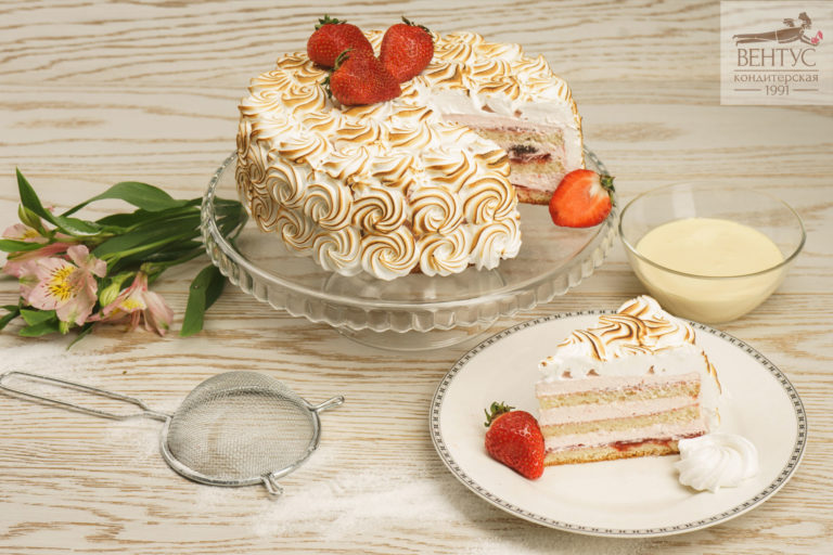 Торт - Клубника со сливками